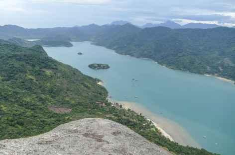 Panorama sur le fjord Mamangua depuis le sommet du Pain de Sucre - Brésil -
