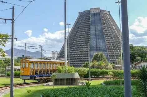 Rio, arrivée du tramway dans le centre-ville - Brésil -