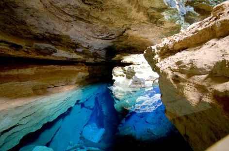 Cascade Poco Azul dans la Chapada Diamantina - Brésil -