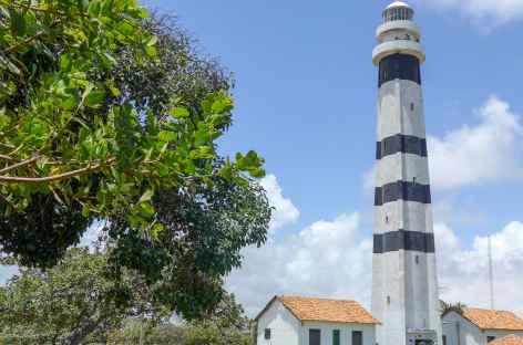 Le phare de Mandacuru au bord du rio Preguiças - Brésil -