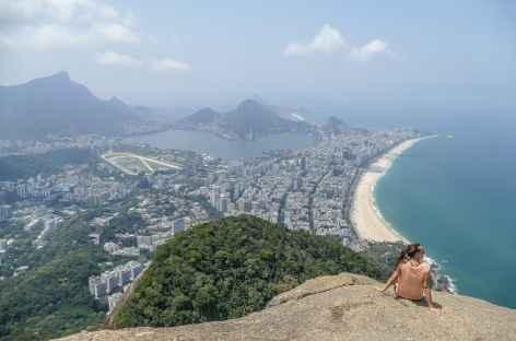Panorama depuis le sommet du Morro dos Irmaos - Brésil -