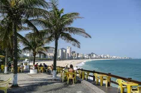Rio, kiosque au bord de la plage d'Ipanema - Brésil -