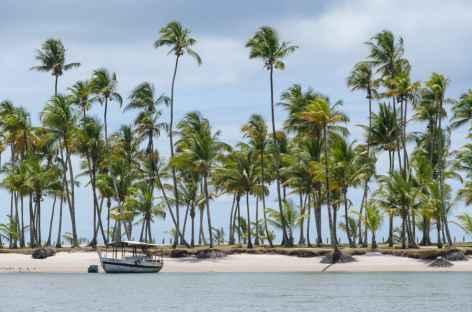 Arrivée en bateau sur l'île Boipeba - Brésil -