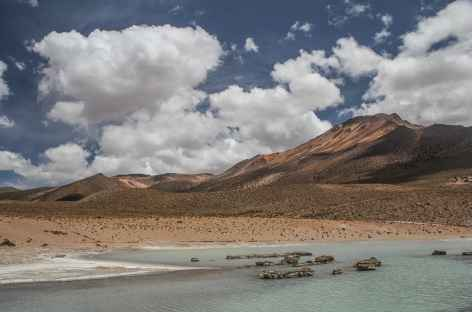 Baignade dans les thermes de Polloquere - Chili -
