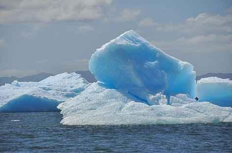 Icebergs sur la laguna San Rafael - Chili -