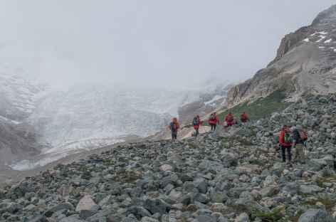 Marche vers le camp de base du San Lorenzo - Chili -
