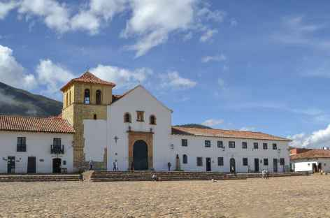 La plaza Mayor de Villa de Leyva - Colombie -