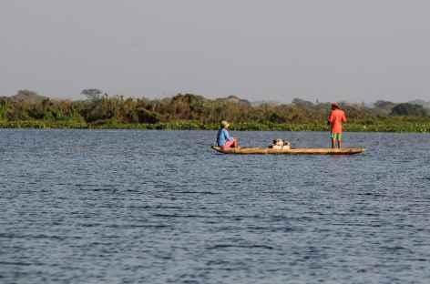 Au bord du fleuve Magdalena entre Barrancabermeja et Mompox - Colombie -
