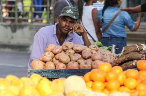 Petit marché à Carthagène - Colombie -