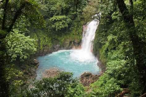 La belle cascade du rio Celeste - Costa Rica -
