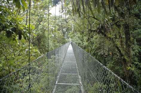 Arenal, balade ludique sur un réseau de passerelles - Costa Rica -