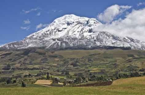 Paysage de campagne sur fond de Chimborazo - Equateur -