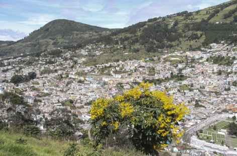 Vue sur Quito depuis le Panecillo - Equateur -