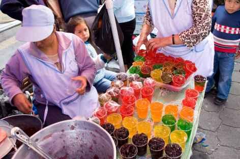 Sur le marché d'Otavalo - Equateur -