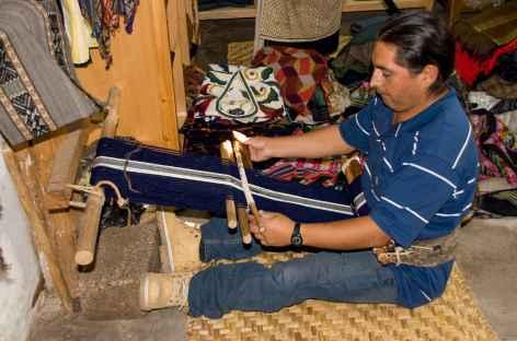 Rencontre avec un tisserand à Otavalo - Equateur -