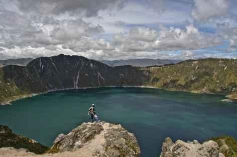 Au bord de la lagune Quilotoa - Equateur -