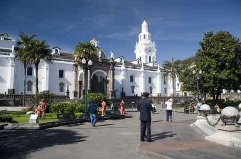 Quito, la place Santo Domingo - Equateur -