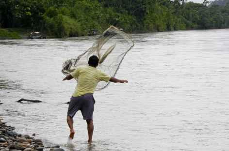 Pêche en Amazonie - Equateur -