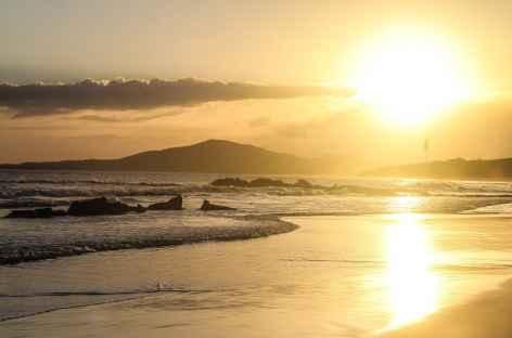 Coucher de soleil sur les plages d'Isabela - Equateur -