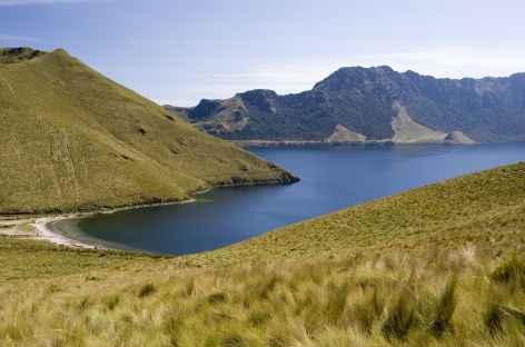 La lagune Mojanda au départ de l'ascension du Fuya Fuya - Equateur -