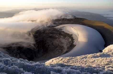 Vue sur le cratère du Cotopaxi - Equateur -