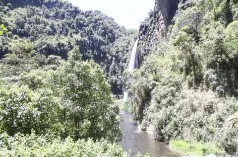 La belle cascade du rio Pita - Equateur -