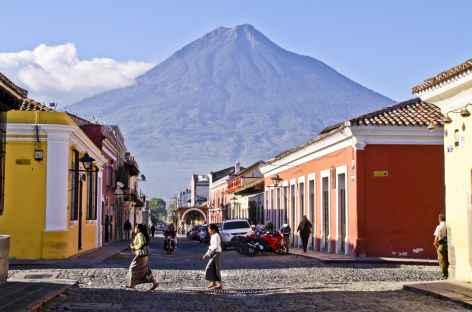 Dans les rues colorées d'Antigua - Guatemala -