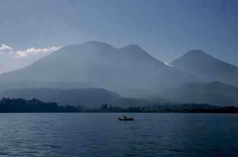 Navigation sur le lac Atitlan - Guatemala -
