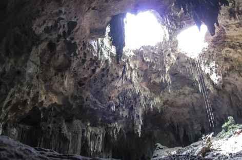 Balade dans les grottes de Loltun, classées au Patrimoine mondial de l'Humanité - Mexique -