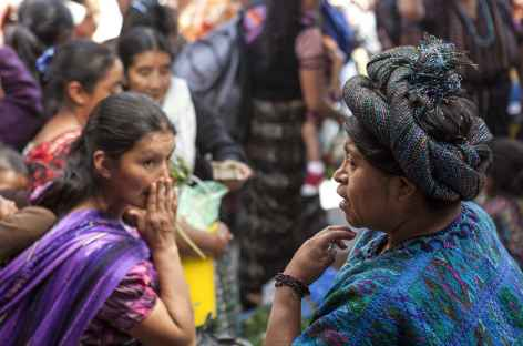 Rencontre sur un marché - Guatemala -