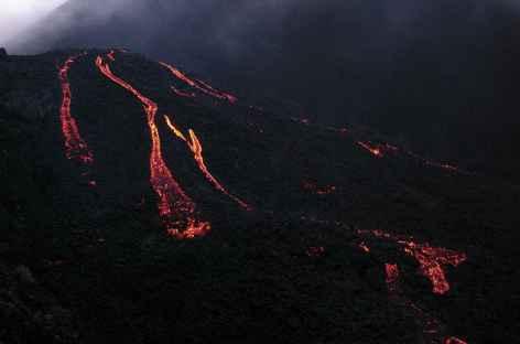 Coulée de lave au volcan Pacaya - Guatemala -