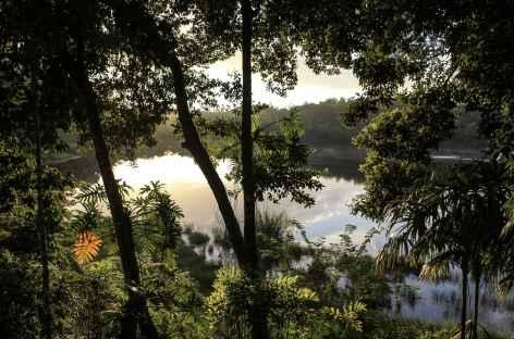Belle lumière sur le rio de la Passion - Guatemala -