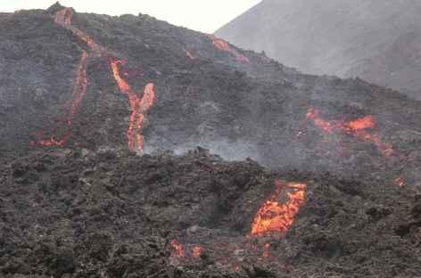 Coulée de lave sur le volcan Pacaya - Guatemala -
