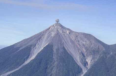 Explosion sur le volcan Fuego - Guatemala -