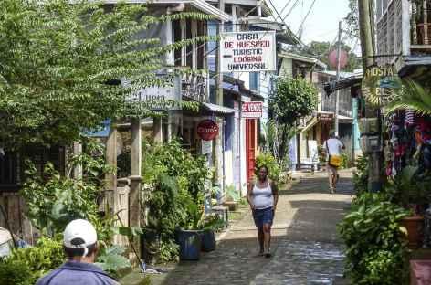 Rencontre dans le village d'El Castillo - Nicaragua -