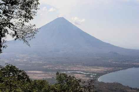 Ascension du volcan Maderas sur l'île Omotepe - Nicaragua  -