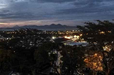Managua en nocturne - Nicaragua  -
