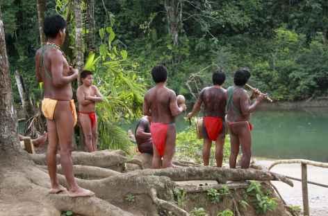 Accueil par les indiens Emberas - Panama -