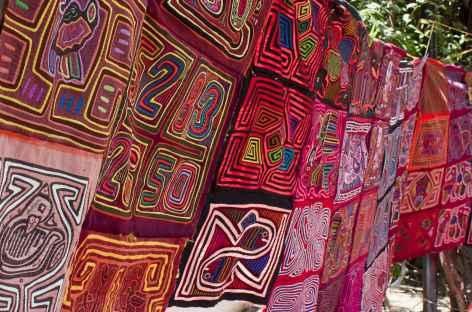 Tissus kunas sur les îles San Blas - Panama -