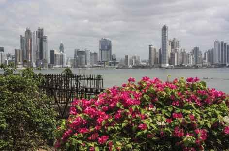 Panama City, balade sur le « paseo de las Bovedas » - Panama -