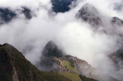 Le Machu Picchu depuis le sommet de la montagne éponyme - Pérou -