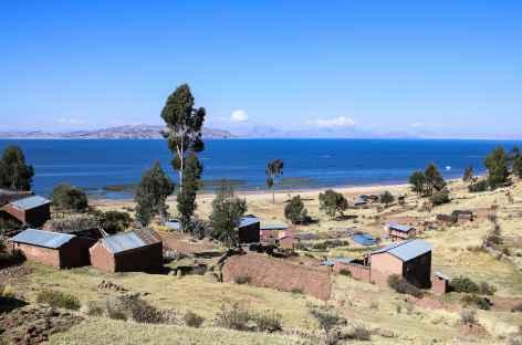Lac Titicaca depuis la presqu'île de Capachica - Pérou -