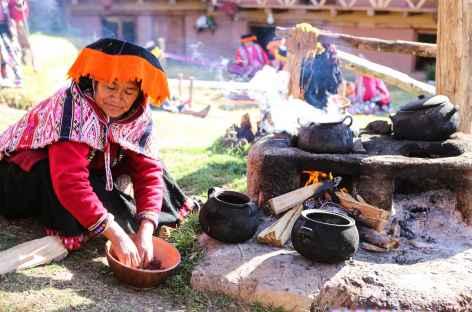 Préparation des colorants - Amaru - Pérou -