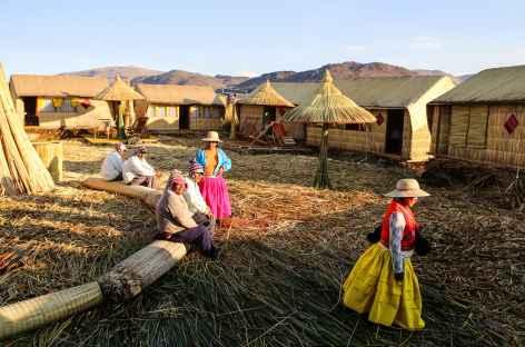 Chez l'habitant île Uros - Pérou -
