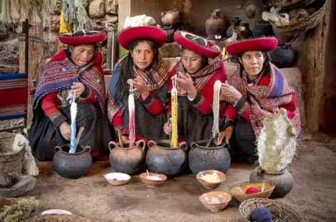 Rencontre avec des tisserandes dans la vallée sacrée - Pérou -