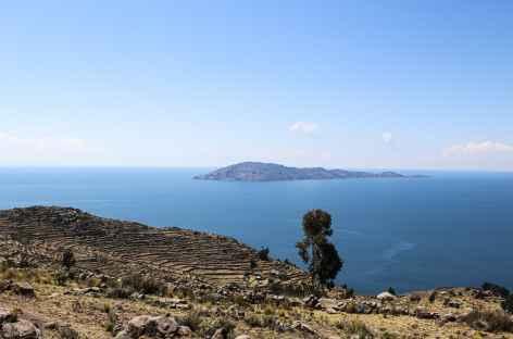 Au loin l'ile d'Amantani - Pérou -