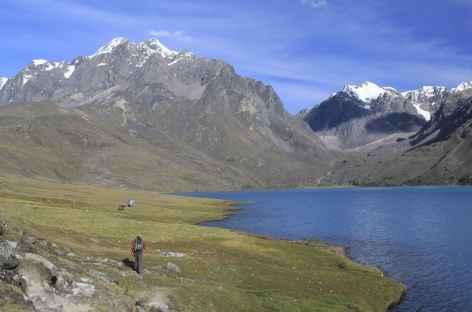Sur les bords de la laguna Singrenacocha - Pérou -