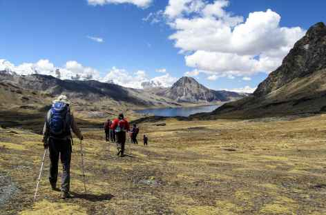 Descente vers la laguna Sibinacocha - Pérou -