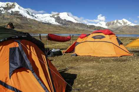 Camp au bord de la lagune Ccascana  - Pérou -