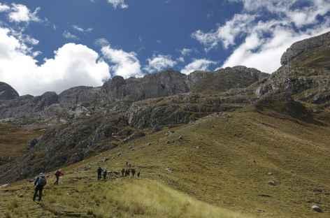 Montée au col Cacanan Punta - Pérou -
